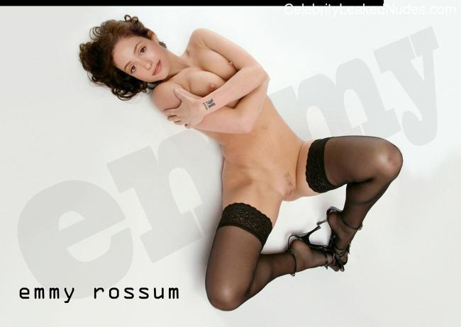 Naked Celebrity Pic Emmy Rossum 14 pic