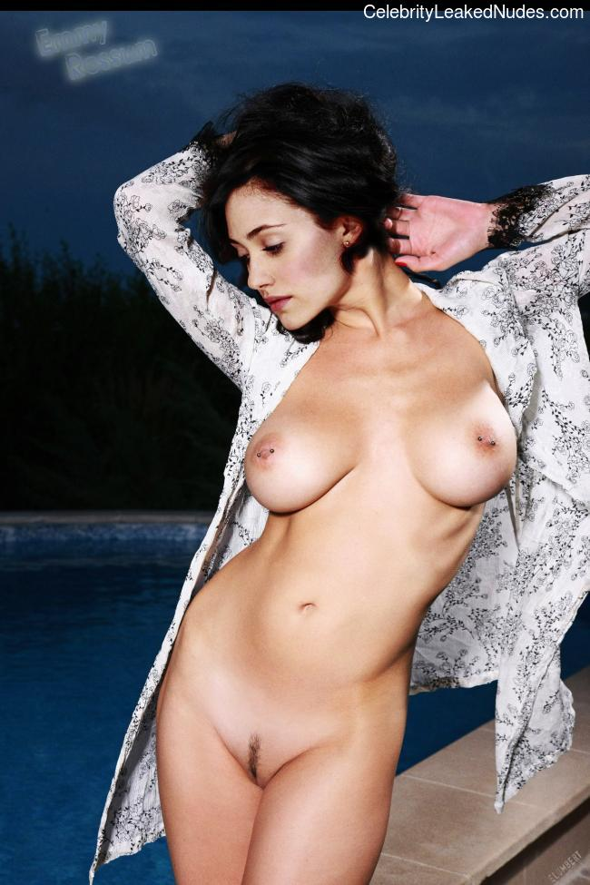 Nude Celeb Pic Emmy Rossum 28 pic