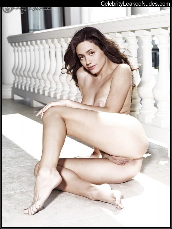 Celeb Nude Emmy Rossum 3 pic