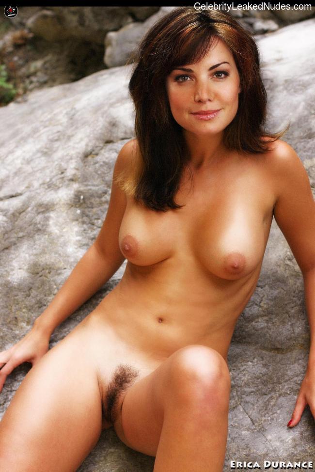 Celeb Naked Erica Durance 3 pic