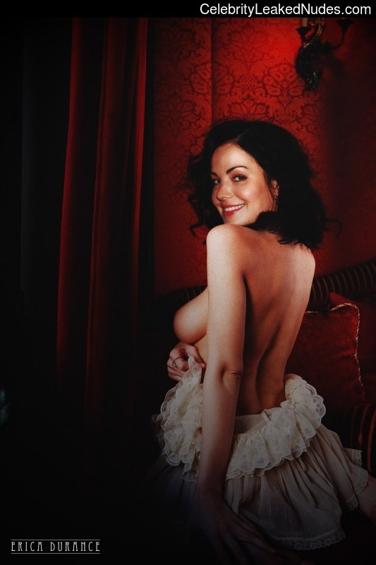 Celeb Naked Erica Durance 7 pic