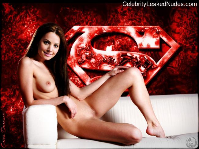 Celebrity Nude Pic Erica Durance 30 pic