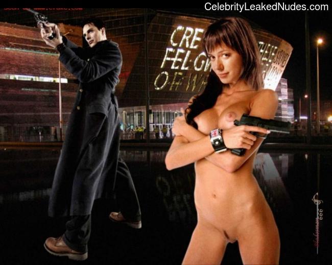 Naked Celebrity Eve Myles 11 pic