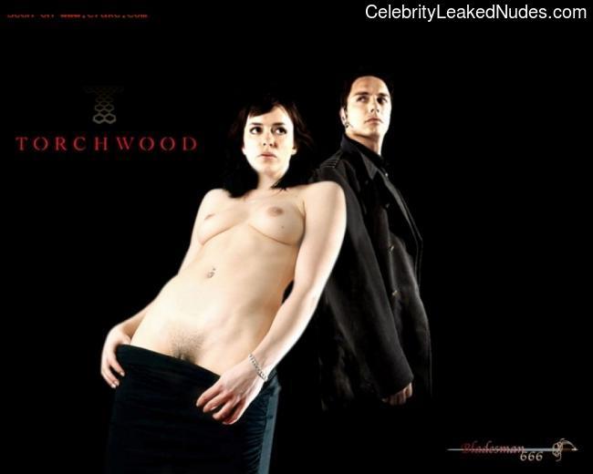 Free Nude Celeb Eve Myles 28 pic