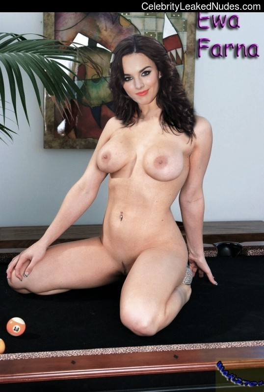Nude Celeb Ewa Farna 10 pic