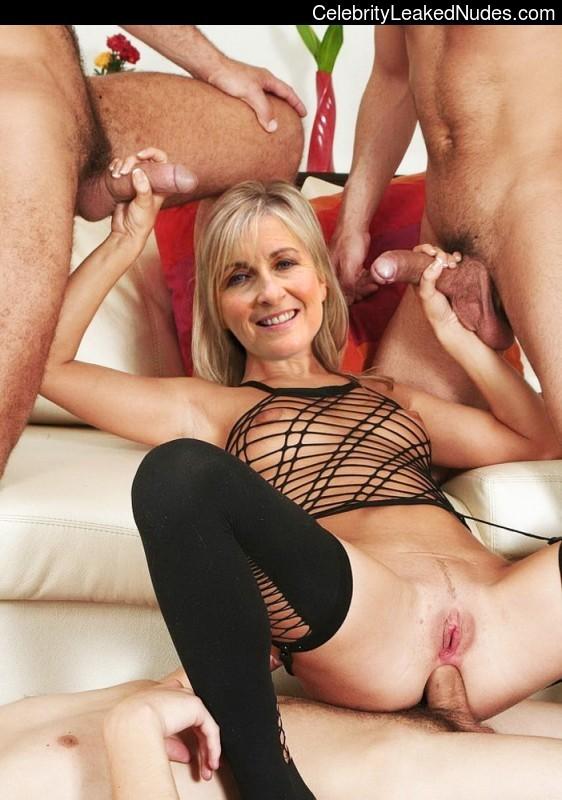Fiona Phillips nude celebs