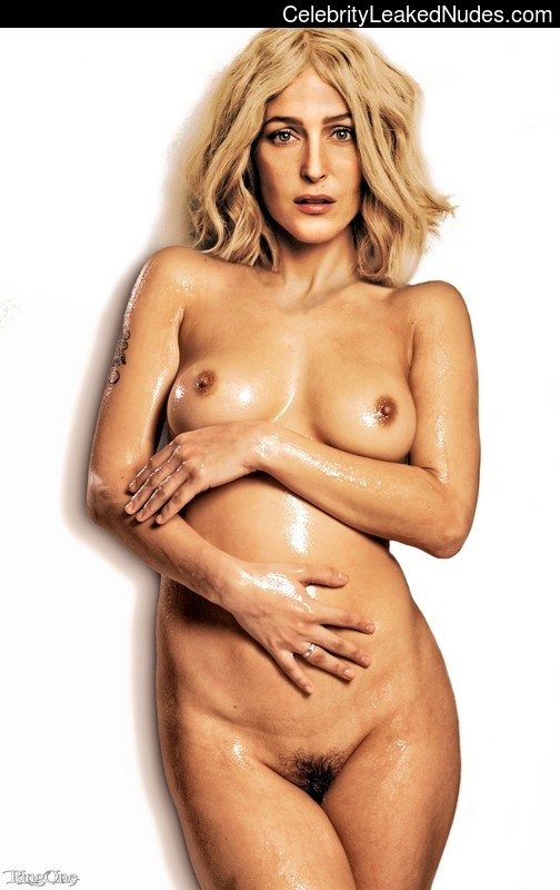 Naked Celebrity Pic Gillian Anderson 10 pic