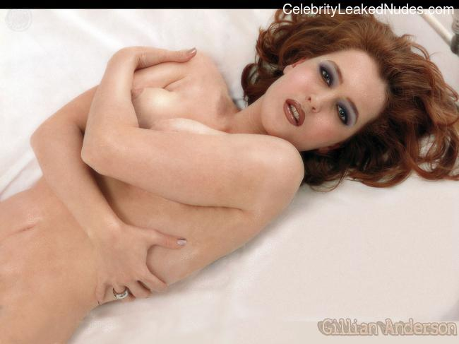Naked Celebrity Pic Gillian Anderson 17 pic