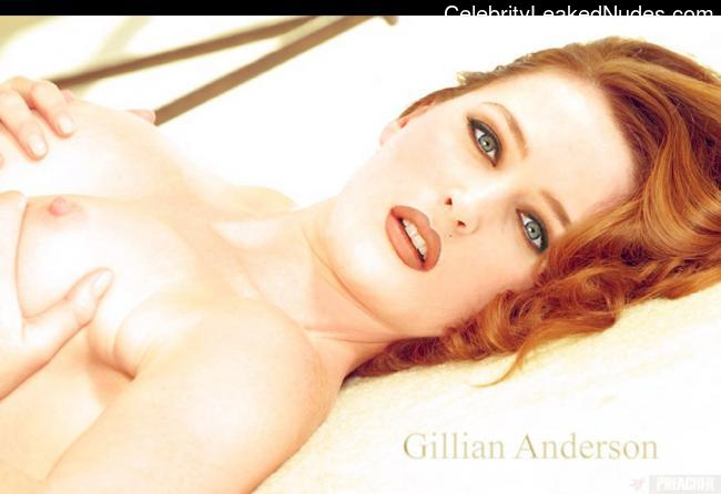 naked Gillian Anderson 27 pic