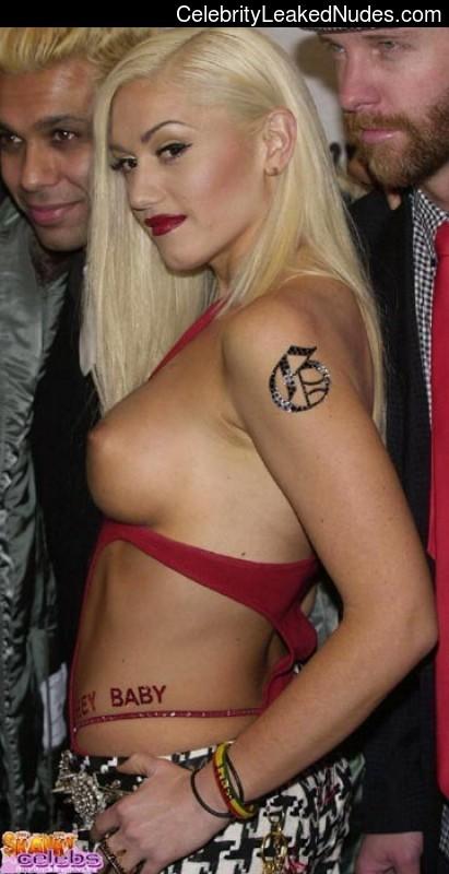 Celebrity Leaked Nude Photo Gwen Stefani 28 pic