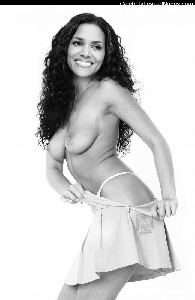 Halle Berry naked celebrity