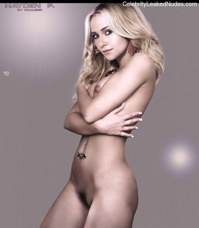 naked Hayden Panettiere 4 pic