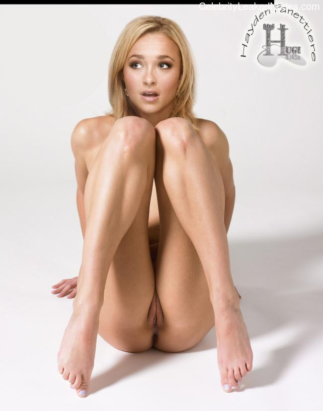Famous Nude Hayden Panettiere 5 pic