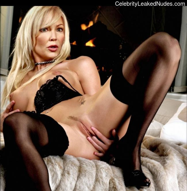 Celeb Naked Heather Locklear 1 pic