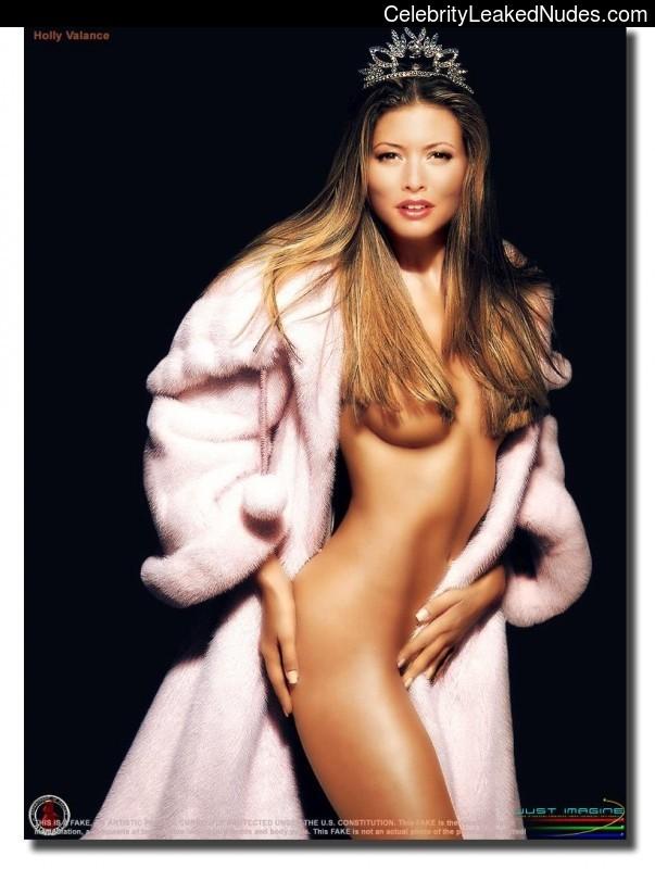 Holly Valance nude celeb pics
