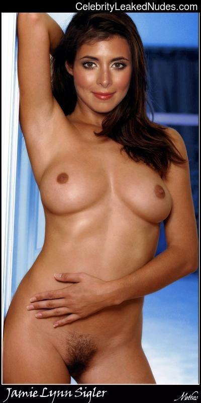Celebrity Leaked Nude Photo Jamie-Lynn Sigler 12 pic