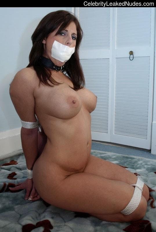 Nude Celeb Pic Jamie-Lynn Sigler 6 pic