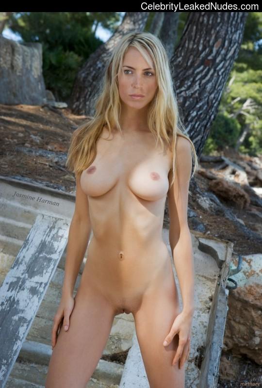 Free nude Celebrity Jasmine Harman 4 pic