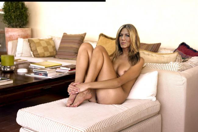 Naked celebrity picture Jennifer Aniston 16 pic