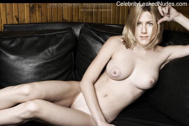 Celeb Nude Jennifer Aniston 24 pic