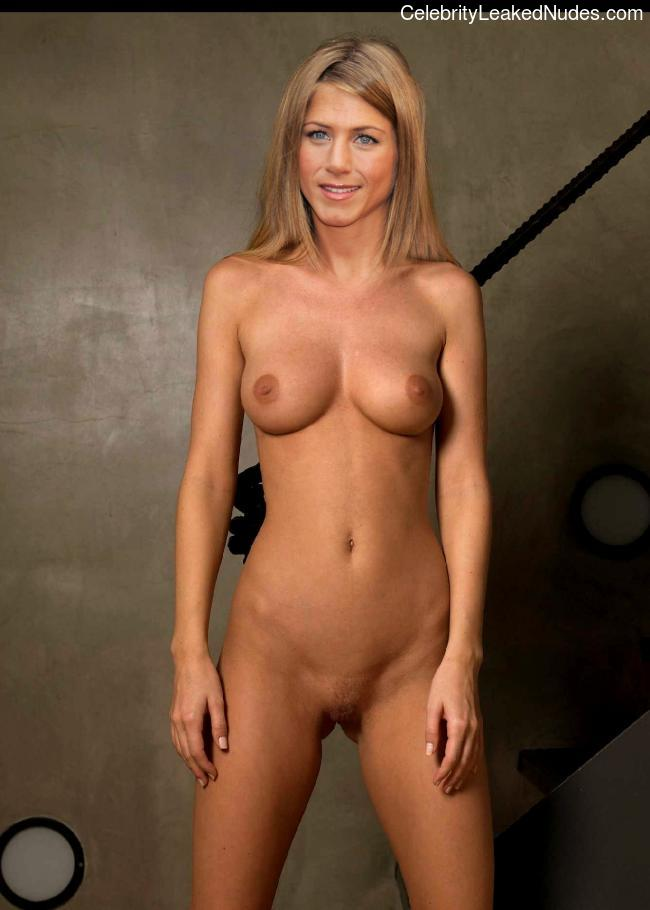 Nude Celebrity Picture Jennifer Aniston 25 pic
