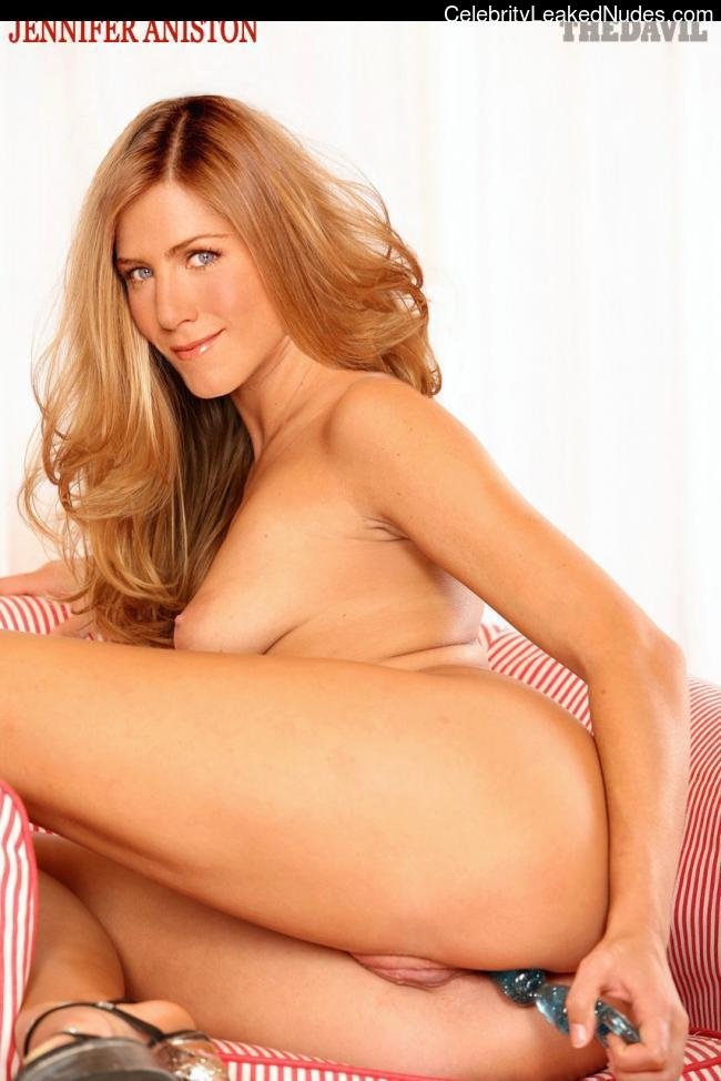 Naked Celebrity Pic Jennifer Aniston 9 pic