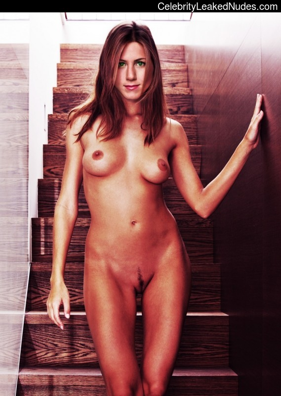 Naked Celebrity Pic Jennifer Aniston 4 pic