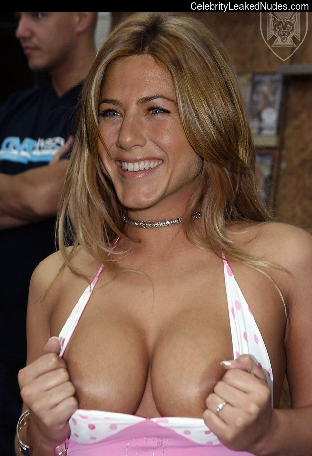 Naked Celebrity Pic Jennifer Aniston 6 pic