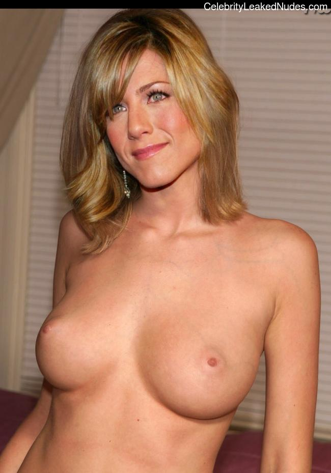 Real Celebrity Nude Jennifer Aniston 20 pic