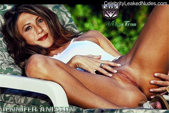 Celebrity Nude Pic Jennifer Aniston 27 pic