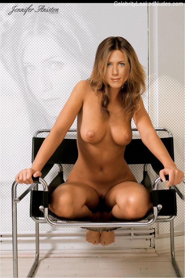Naked Celebrity Pic Jennifer Aniston 29 pic