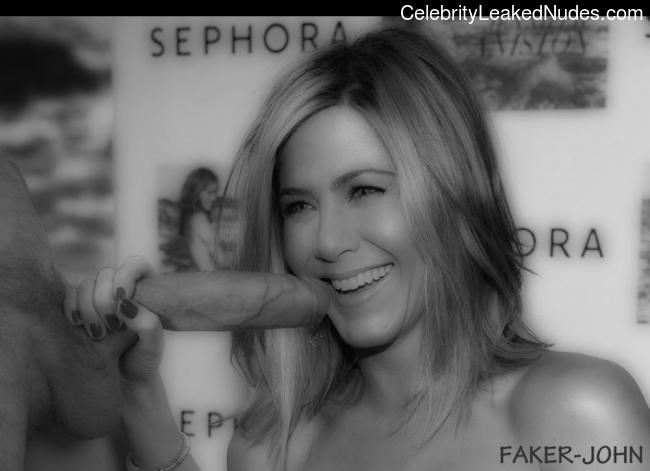 Real Celebrity Nude Jennifer Aniston 12 pic
