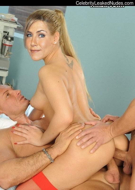 Free Nude Celeb Jennifer Aniston 19 pic