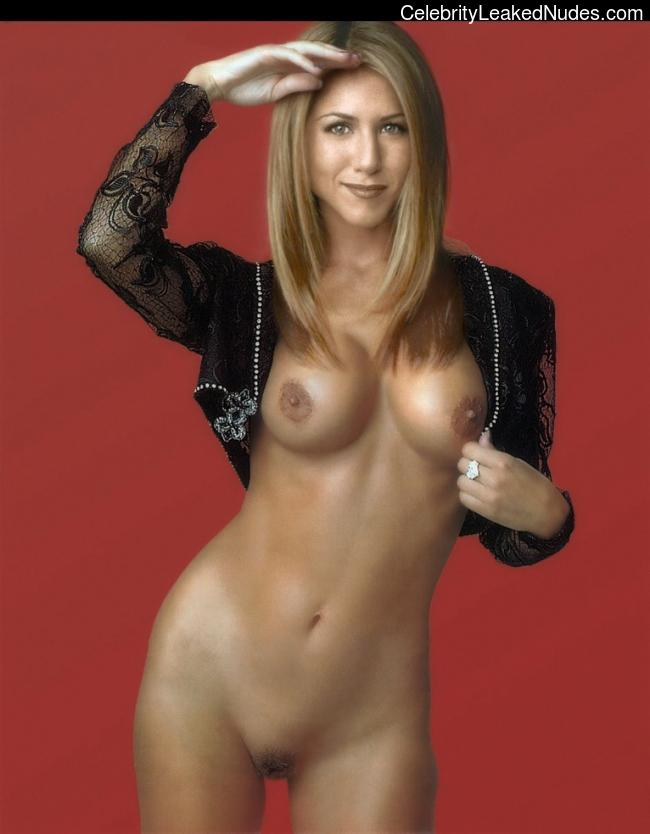 Famous Nude Jennifer Aniston 5 pic