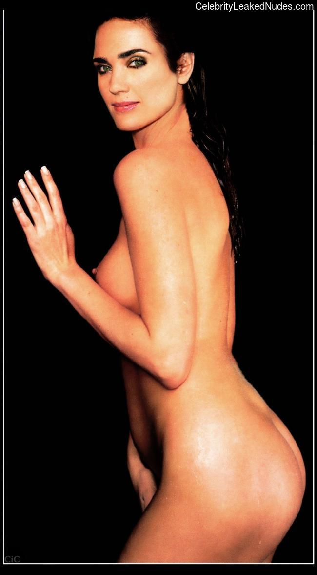Celeb Naked Jennifer Connelly 21 pic
