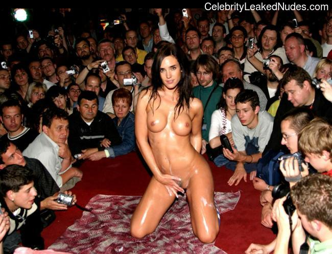 naked Jennifer Connelly 25 pic