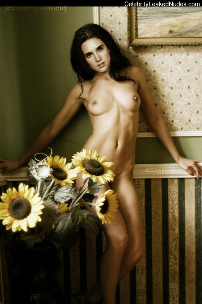 Real Celebrity Nude Jennifer Connelly 8 pic