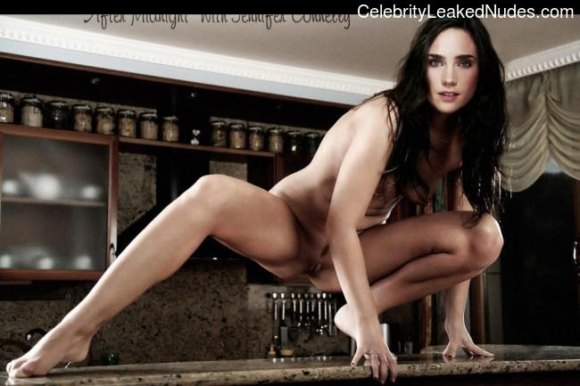 Famous Nude Jennifer Connelly 13 pic