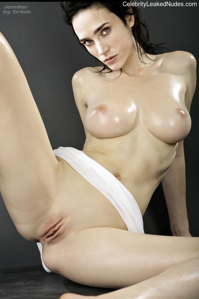 Hot Naked Celeb Jennifer Connelly 10 pic