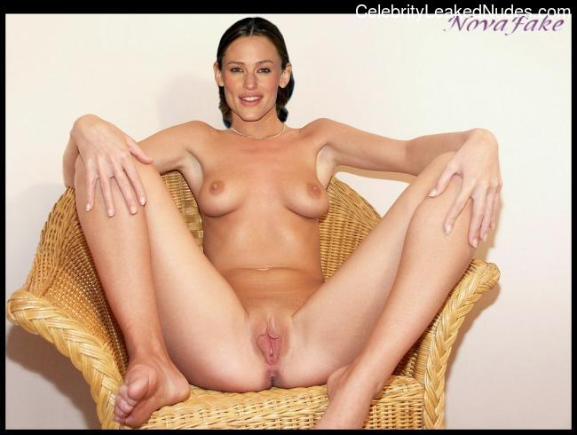 Real Celebrity Nude Jennifer Garner 1 pic