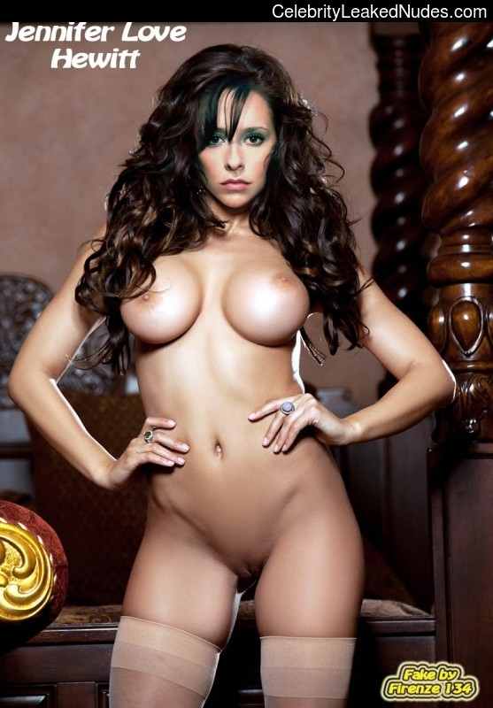 Celebrity Naked Jennifer Love Hewitt 3 pic
