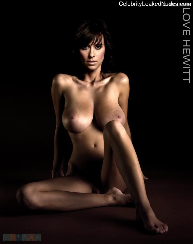 Hot Naked Celeb Jennifer Love Hewitt 11 pic