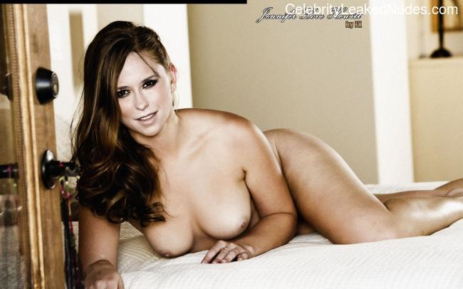 Naked Celebrity Pic Jennifer Love Hewitt 2 pic