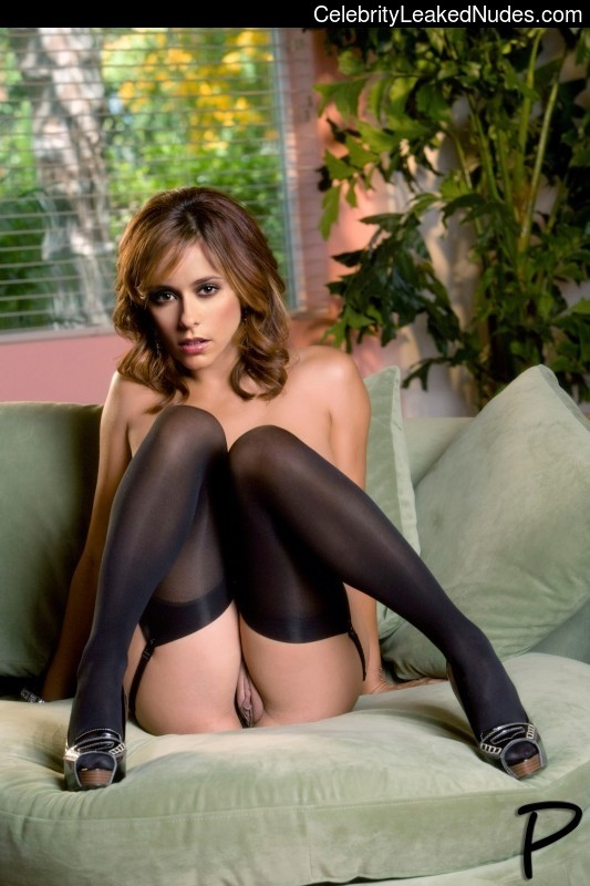 Real Celebrity Nude Jennifer Love Hewitt 6 pic