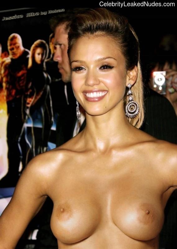 Real Celebrity Nude Jessica Alba 8 pic