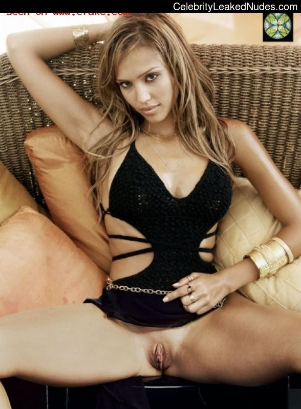 Naked celebrity picture Jessica Alba 17 pic