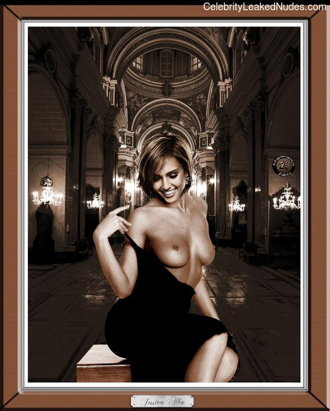 Naked Celebrity Jessica Alba 12 pic