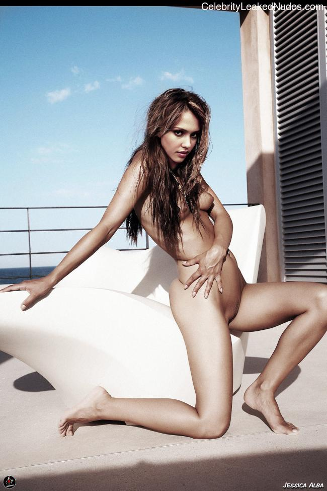 Naked celebrity picture Jessica Alba 1 pic