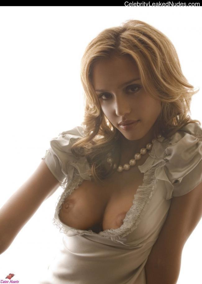 nude celebrities Jessica Alba 5 pic
