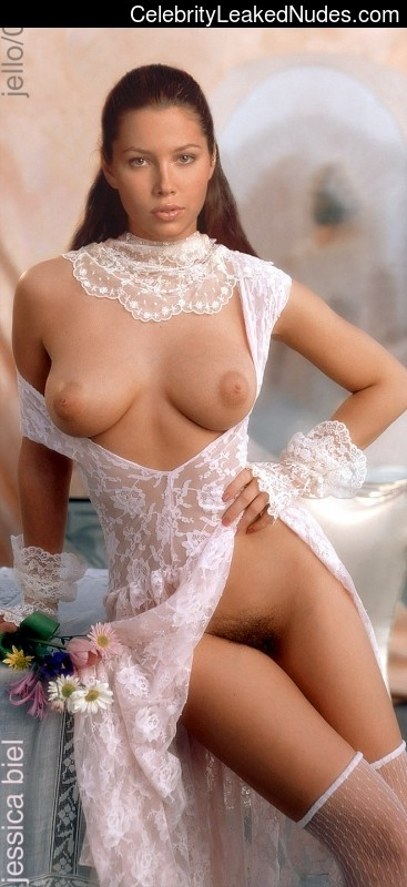 Celebrity Leaked Nude Photo Jessica Biel 11 pic
